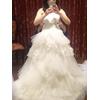 白いドレスは形で選びました