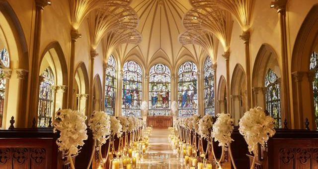 青山セントグレース大聖堂で結婚...