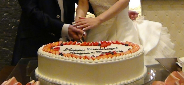 あなたの結婚式のウェディングケーキの種類を教えてください。 また、そのウェディングケーキの種類にした理由もお聞かせください♪