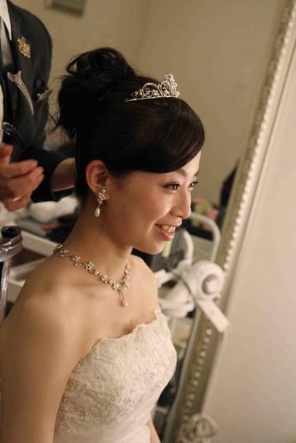 結婚式当日の髪の長さや髪色をお聞かせください。
